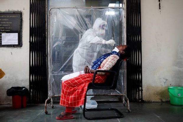 कोरोनावायरस के भारत में 60 लाख के करीब मामले